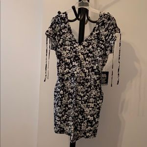 Floral black and white Express romper